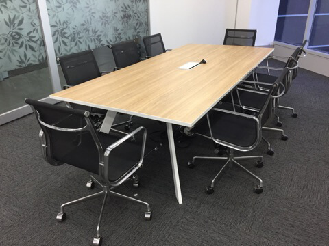Inspire Meeting Table white