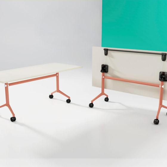 UR Folding Table orange