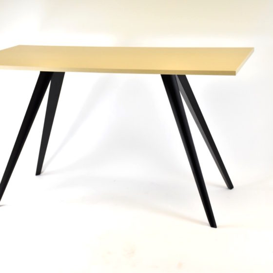 Willow meeting table with black frame and oak top rectangular