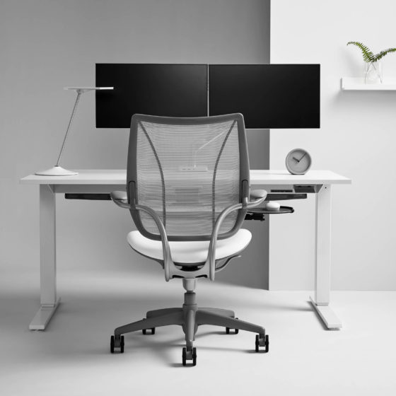 Humanscale Float height adjustable workstation white