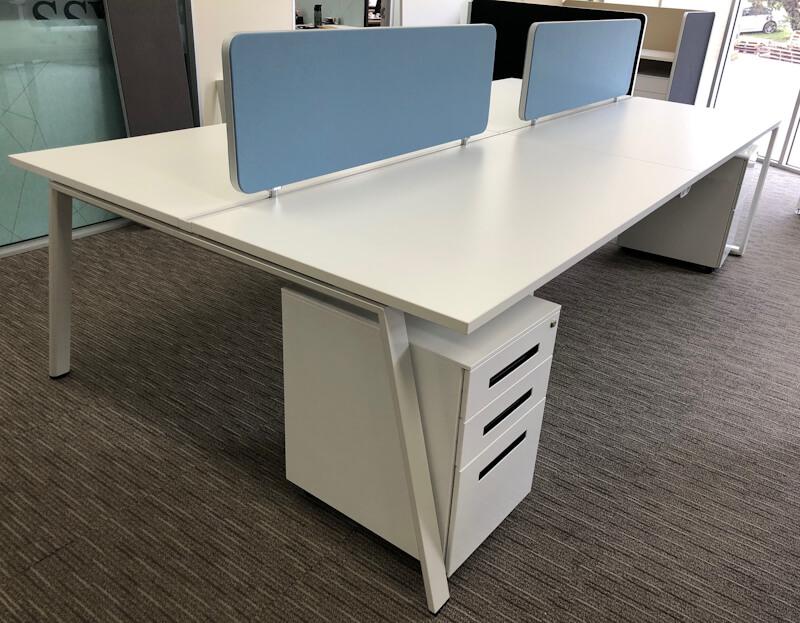 Divide-workstation-privacy-screen-on-desk-blue