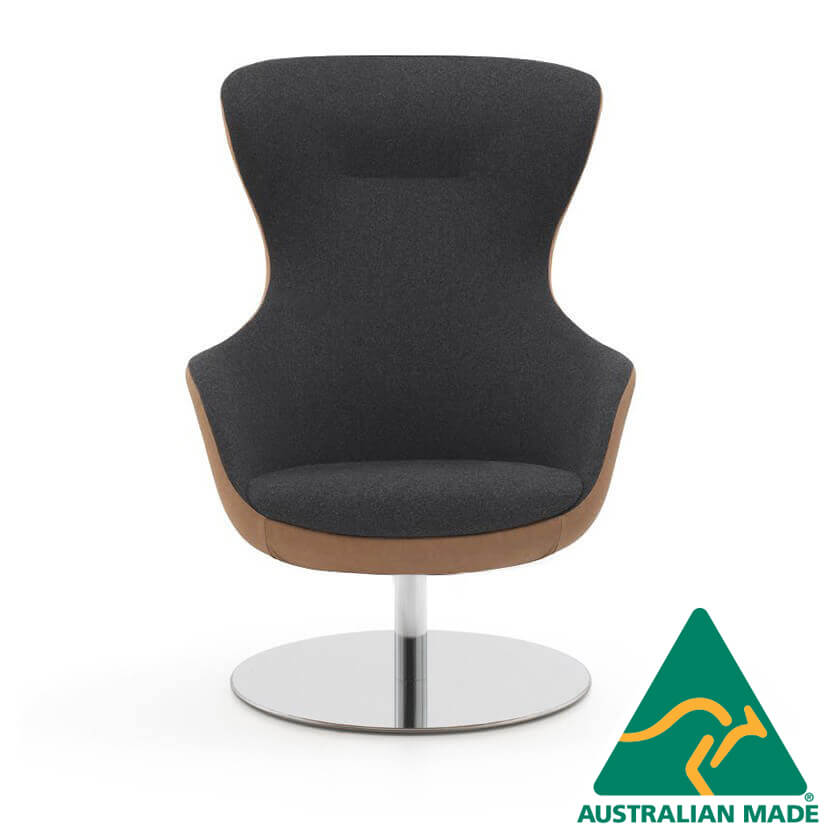 queen-armchair-timber-back-and-disc-base