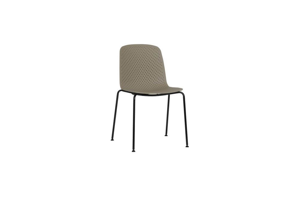 Moli chair in brown, with black steel frame, front 45 view