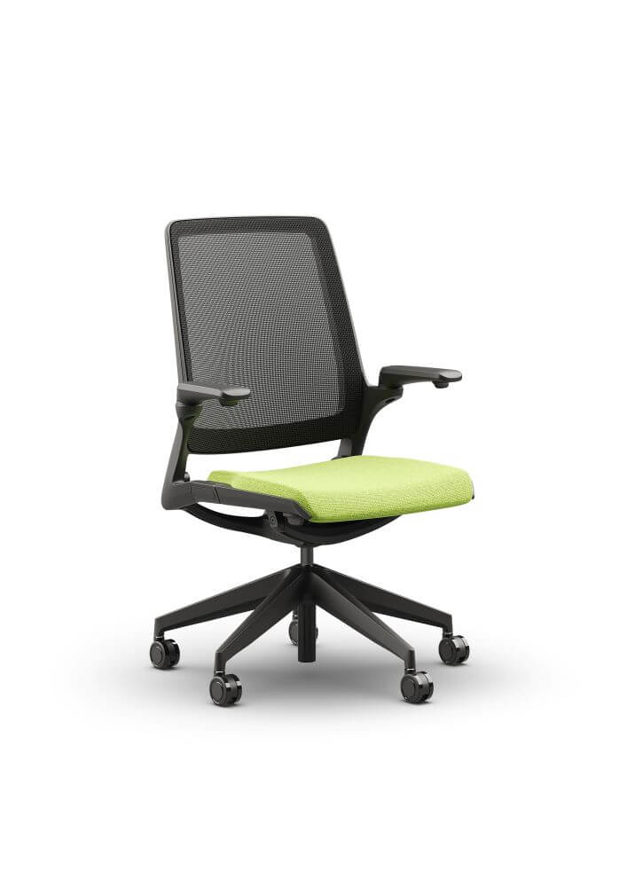Selfie chair front 45 degree view, black mesh back, black frame, green seat pad